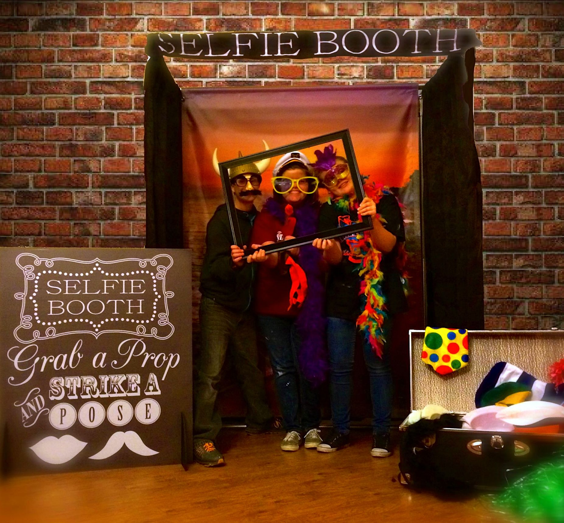 Selfie Booth And Props Event Equipment Fraser Valley